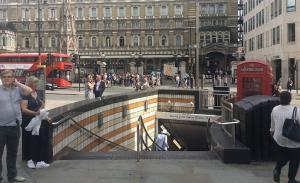 Εκκενώθηκε κεντρικός σταθμός μετρό στο Λονδίνο