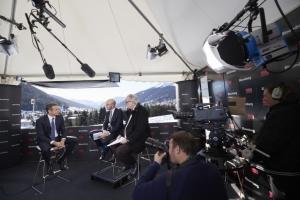 Μητσοτάκης στο Bloomberg: Στόχος η προσέλκυση 100 δισ. επενδύσεων την επόμενη οκταετία