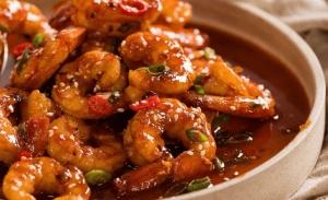 Γαρίδες με σάλτσα τσίλι από τη Σιγκαπούρη