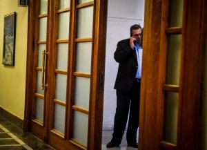 Κλήση Καμμένου στην Επιτροπή Θεσμών και Διαφάνειας για τα βλήματα στη Σ. Αραβία