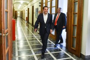 Παραιτήθηκε ο Νίκος Κοτζιάς - Ο Αλ. Τσίπρας αναλαμβάνει το ΥΠΕΞ