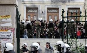 Προτάσεις ζητά ο Χρυσοχοϊδης από όσους αντιδρούν στη φύλαξη των ΑΕΙ