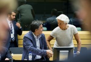 CNBC: Υποψήφιος για την ηγεσία του ΔΝΤ ο Ευκλείδης Τσακαλώτος