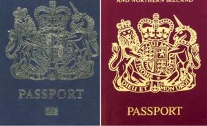 Τα βρετανικά διαβατήρια επιστρέφουν στο ρόγιαλ μπλου