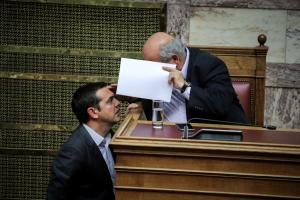 Βουλή: «Πέρασε» το νομοσχέδιο Γαβρόγλου για την Παιδεία