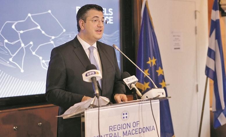 Τζιτζικώστας: Οσο είμαι περιφερειάρχης, οι πινακίδες θα γράφουν «Σκόπια», όχι «Βόρεια Μακεδονία»