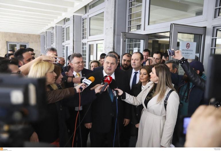 Π. Καμμένος: Η συγκυβέρνηση θα φτάσει μέχρι το τέλος - «Όμηροι» οι δύο Έλληνες στρατιωτικοί