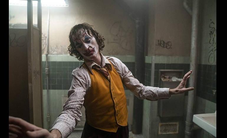 Υπέρβαση αρμοδιοτήτων οι καταγγελίες υπαλλήλων του ΥΠΠΟ για το Joker, λέει η Μενδώνη