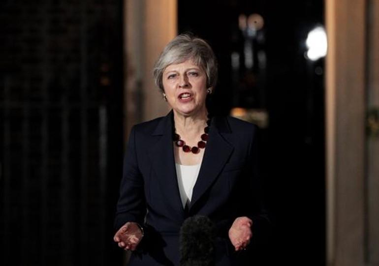 Μέι: Έχω τη στήριξη του υπουργικού συμβουλίου για το Brexit