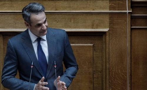 Η κυβέρνηση νομοθετεί το αυτονόητο για τις διαδηλώσεις, δηλώνει ο Μητσοτάκης στη Βουλή