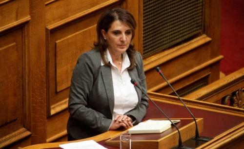 Νέο επεισόδιο με αποδοκιμασίες κατά βουλευτή της κυβερνητικής πλειοψηφίας
