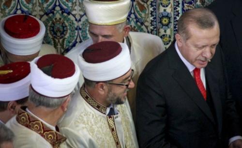 Ερντογάν για Ιμάμογλου: Μην παραδώσουμε την Κωνσταντινούπολη στους Έλληνες