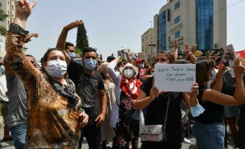 Προεδρικό πραξικόπημα κατά των ισλαμιστών στην Τυνησία