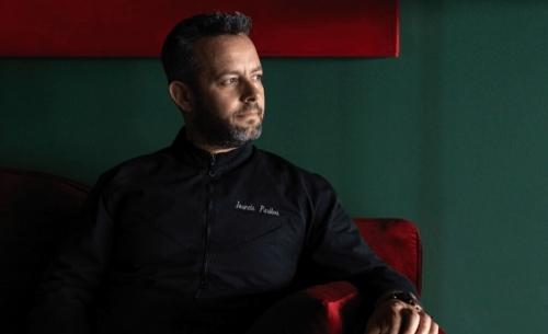 Γιάννης Παρίκος: «Δεν έχω αγαπημένο φαγητό. Θέλω να είναι καλομαγειρεμένο»