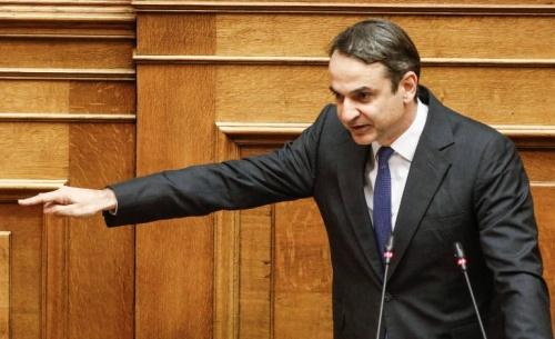 Ο Μητσοτάκης απαιτεί από την κυβέρνηση να σταματήσει τα παιχνίδια στην άμυνα