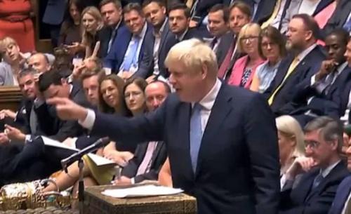 Αρνητική στη συμφωνία Τζόνσον εμφανίζεται η βρετανική βουλή λίγο πριν τη ψηφοφορία