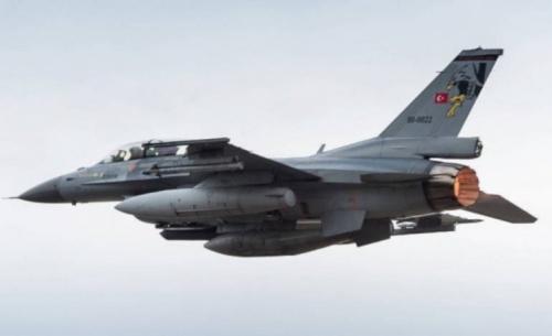 Νέες υπερπτήσεις τουρκικών F-16 πάνω από τις Οινούσσες και την Παναγιά