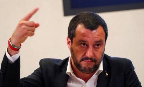 Σαλβίνι: Ο πρωθυπουργός Κόντε να διαπραγματευτεί με γνώμονα τη λογική