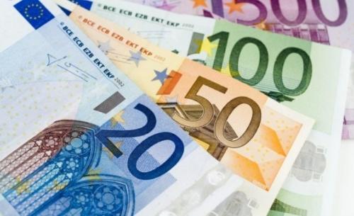 Στα ανεπίδεκτα είσπραξης χρέη 25 δισ ευρω
