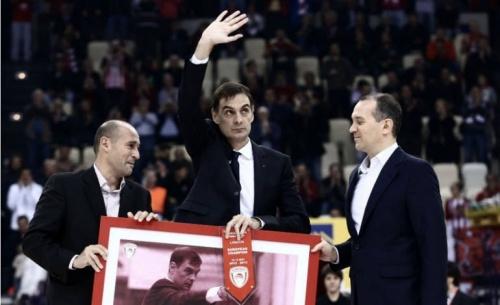 Στα χέρια του βοηθού του Μπλατ ο Ολυμπιακός μέχρι τη συνάντηση με τον Μπαρτζώκα