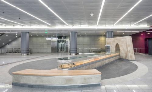 Παραδίδονται τρεις σταθμοί του μετρό προς Πειραιά