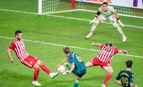 Κράτησε μέχρι το τέλος το 0-0 κόντρα στην ανώτερη Μπέτις ο Ολυμπιακός