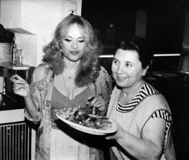Η Κάλλας, ο Μινωτής, ο Κουν και τα μαγειρευτά της Κάκιας