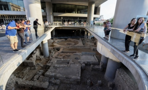Independent: Nτροπή η άρνηση Τζόνσον να επιστρέψει τα Γλυπτά του Παρθενώνα στην Ελλάδα