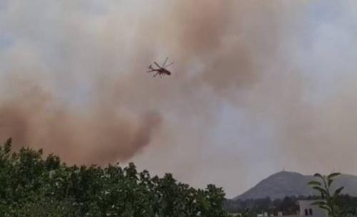 Μία σύλληψη για την πυρκαγιά στη Σταμάτα - Υψηλός κίνδυνος σε 5 περιφέρειες σήμερα
