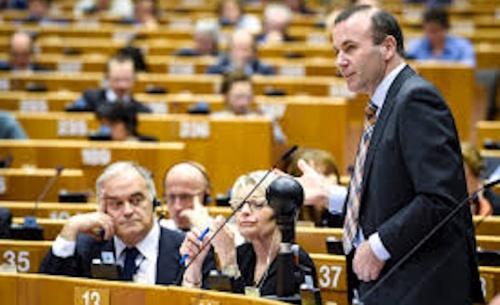 Stop στις διαπραγματεύσεις με την Τουρκία, ζητά ο Βέμπερ