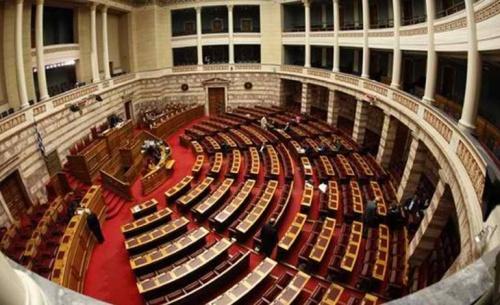 Η δύσκολη αποκατάσταση του κοινοβουλευτισμου