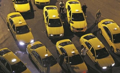 Αυξάνεται ο χρόνος ζωής για τον γερασμένο στόλο των ταξί