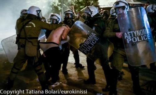 Στον Συνήγορο του Πολίτη παραπέμπει η ΕΛΑΣ για αναφορές αστυνομικής βίας