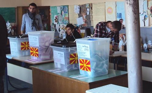 Η μεγάλη αποχή φέρνει Αλβανό πρόεδρο στα Σκόπια