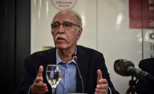 Ένταση με Βίτσα στην συνεδρίαση του δημοτικού συμβουλίου Χίου για το μεταναστευτικό