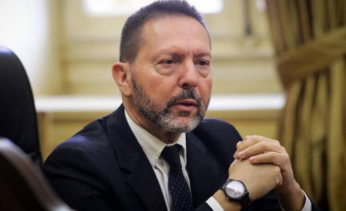 Παρέμβαση του πρωθυπουργού και της δικαιοσύνης για τον Πολάκη, ζητά ο Στουρνάρας
