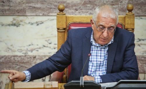 Κακλαμάνης: Όποιος ψηφίσει τη Συμφωνία των Πρεσπών δεν θα συνεργαστεί με τη ΝΔ