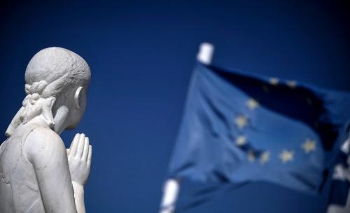 Ευρωπαίος αξιωματούχος: Τον Δεκέμβριο η απόφαση για τις συντάξεις