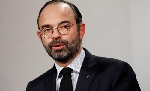 Παραιτήθηκε η κυβέρνηση Φιλιπ στη Γαλλία- Νέο πρωθυπουργό ορίζει ο Μακρόν