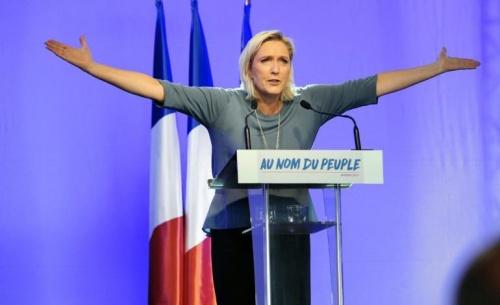 Γαλλία: Σε ψυχιατρική εξέταση παραπέμπεται η Μαρίν Λεπέν