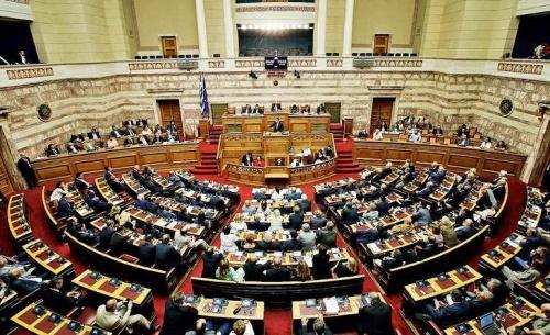 Ο ΣΥΡΙΖΑ και το ΚΙΝΑΛ ψήφισαν το μισό νομοσχέδιο που ζητούσαν να αποσυρθεί